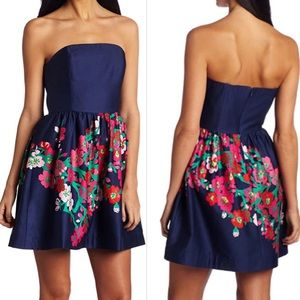 Lilly Pulitzer strapless navy floral lottie dress